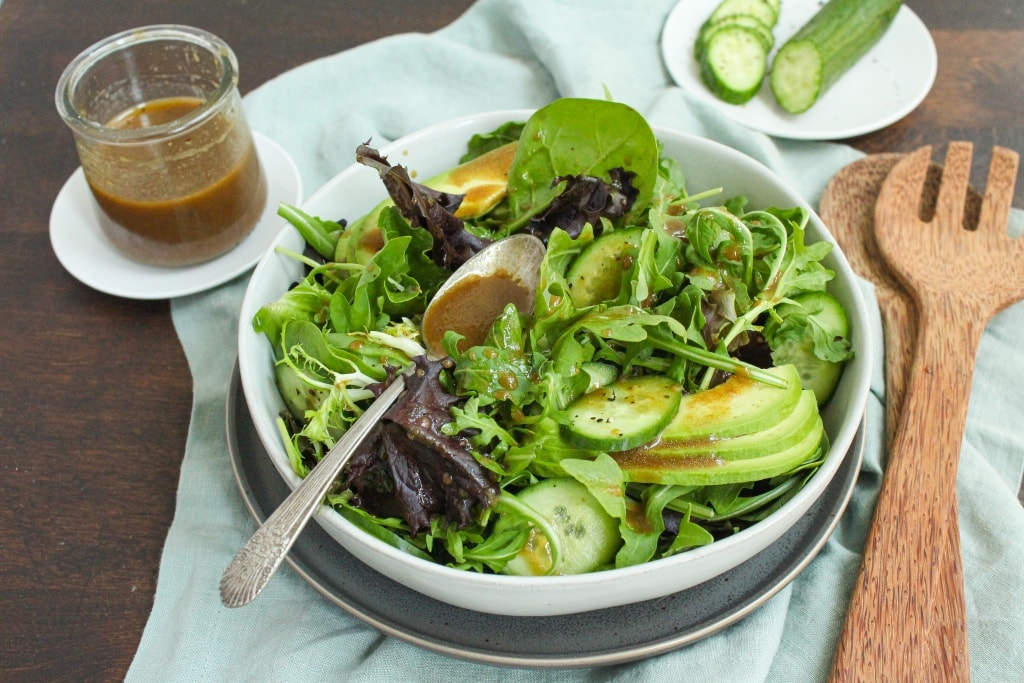homemade balsamic vinaigrette easy healthy salad
