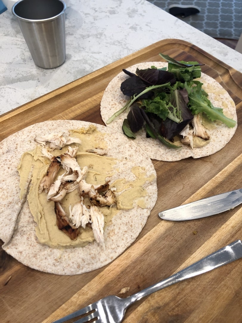 chicken hummus wraps easy