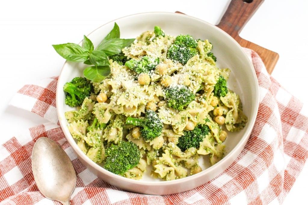 farfalle pasta dinner with pesto sauce and broccoli