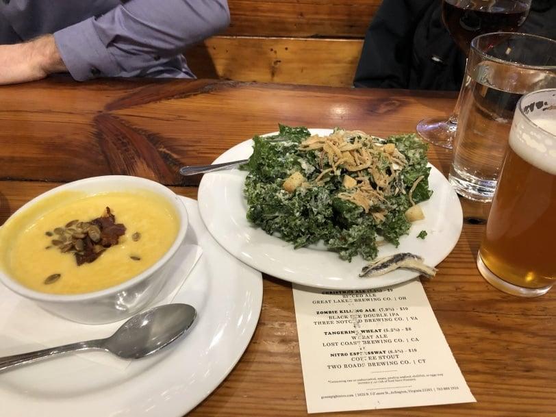 green pig clarendon dinner