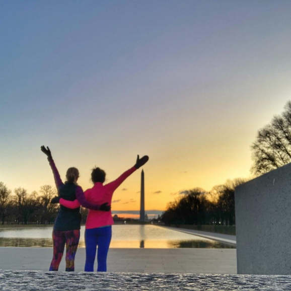 dc running sunrise view from lincoln memorial