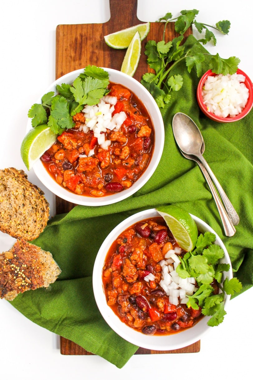 healthy chili in the slow cooker