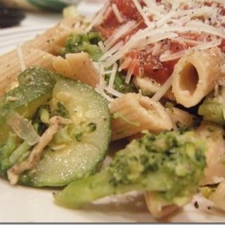 chicken and veggie pasta