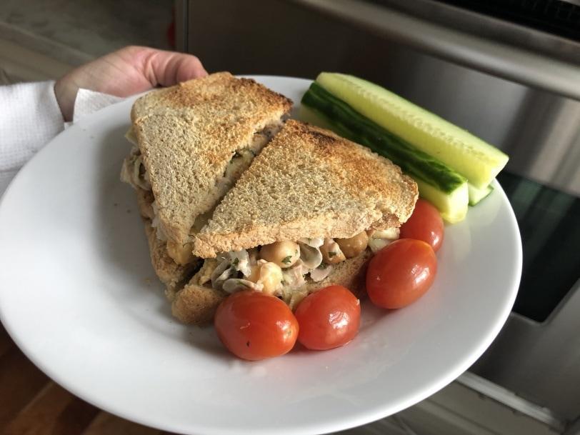 easy tuna sandwich