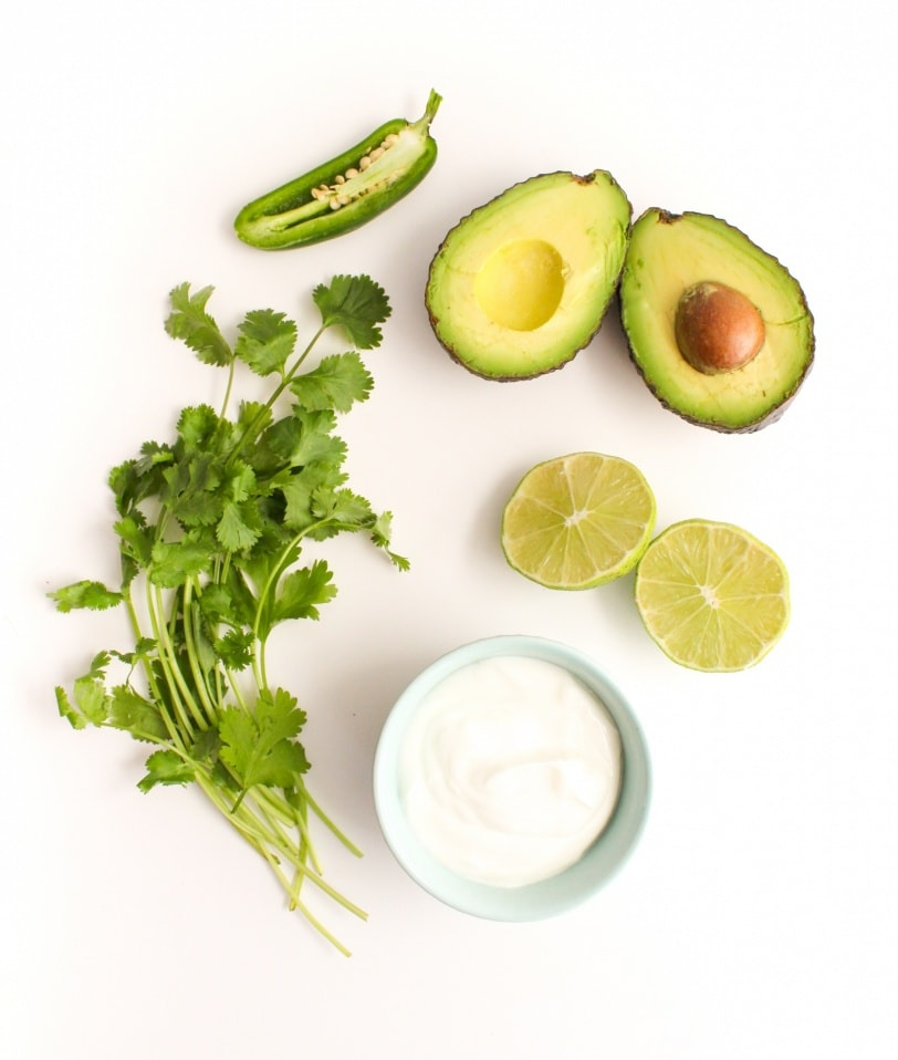 homemade avocado crema sauce recipe for tacos