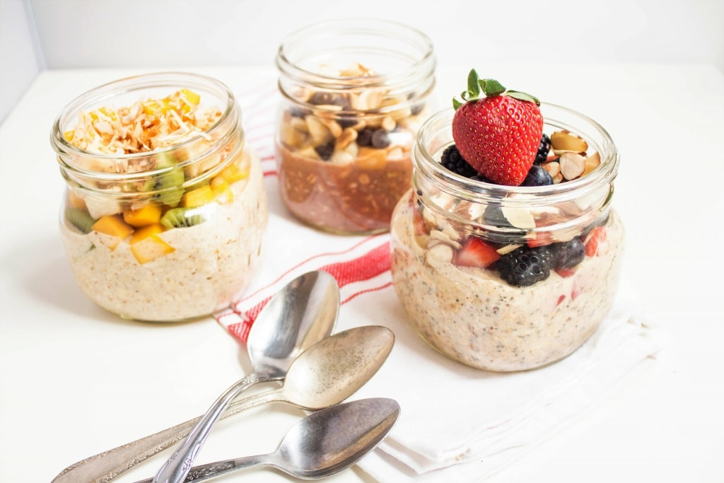 overnight oats flavor combinations in mason jars