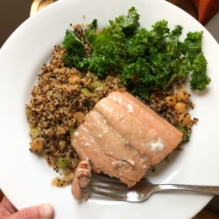 salmon with quinoa and chickpeas and kale