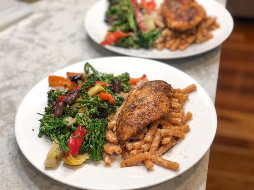 chicken with pasta and veggies