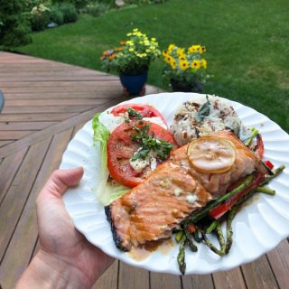 grilled asian salmon with veggies
