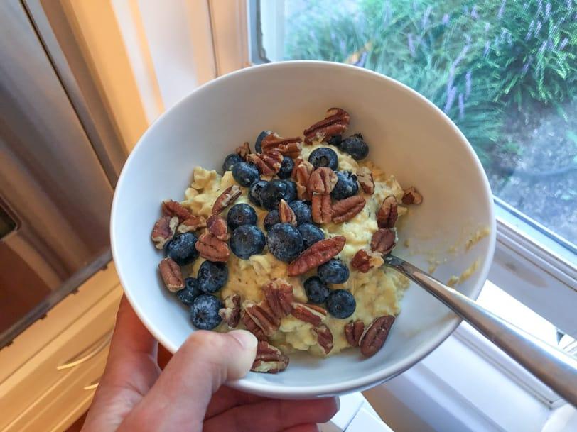 oatmeal with egg yolk