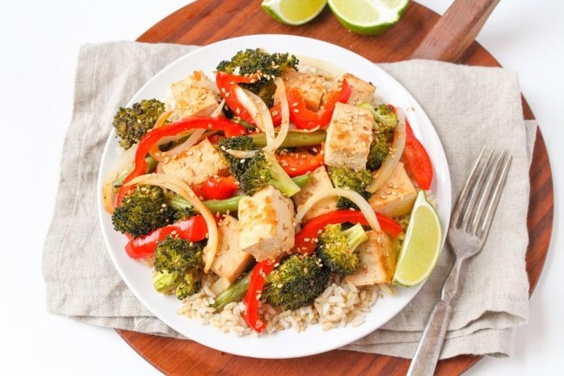 baked sesame tofu with veggies