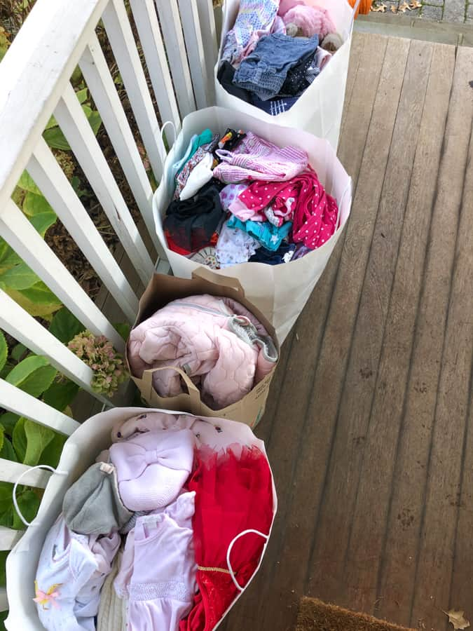 baby girl clothes to donate