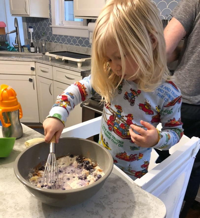 making purple pancakes