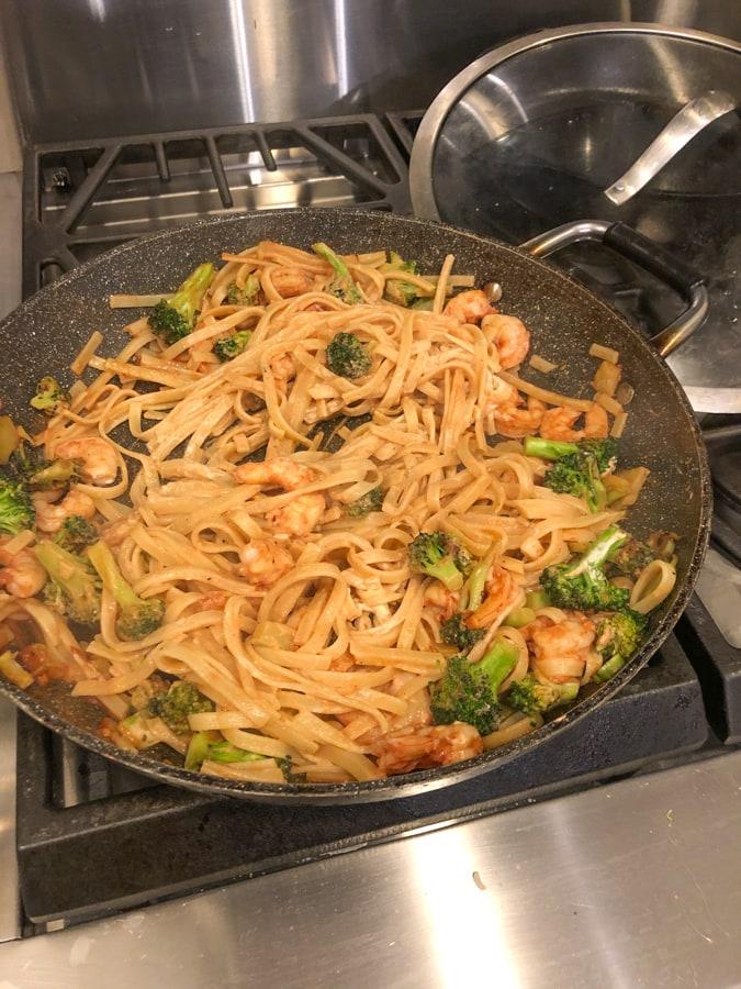 shrimp stir fry pasta