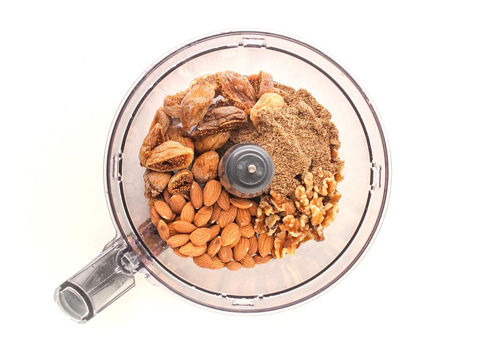 vanilla fig protein bites ingredients in a food processor