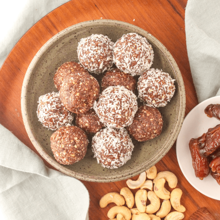 Chocolate Bliss Balls with Cashews