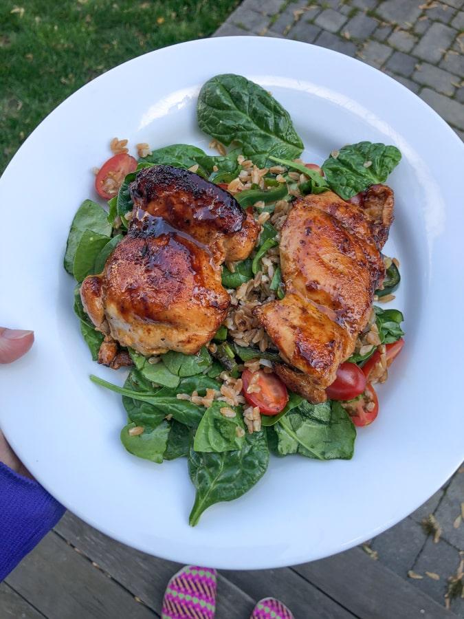 chicken thighs over spinach