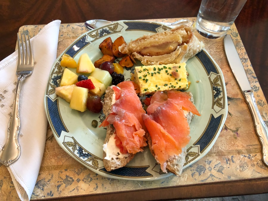 mother's day brunch plate