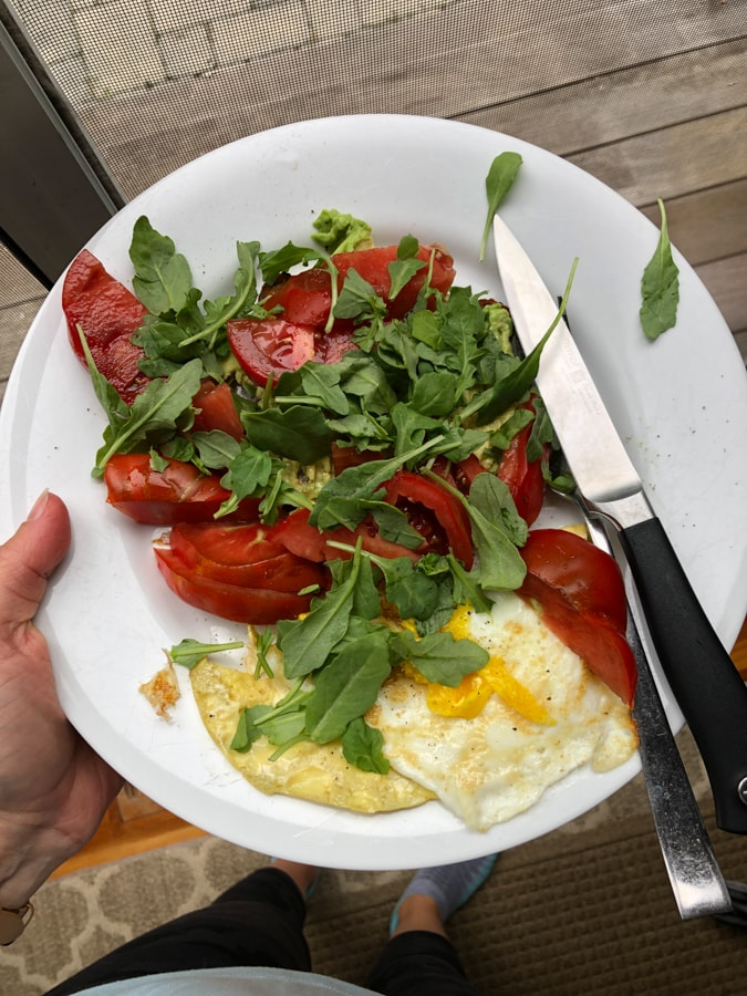 fried egg with fresh summer tomatoes