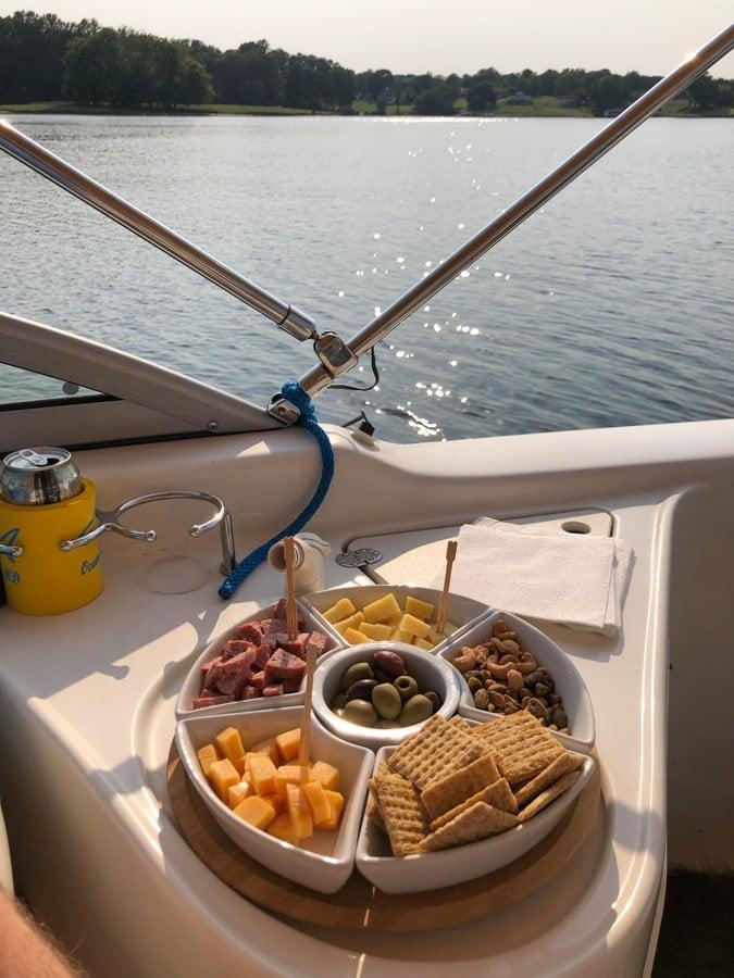 lake anna boat happy hour